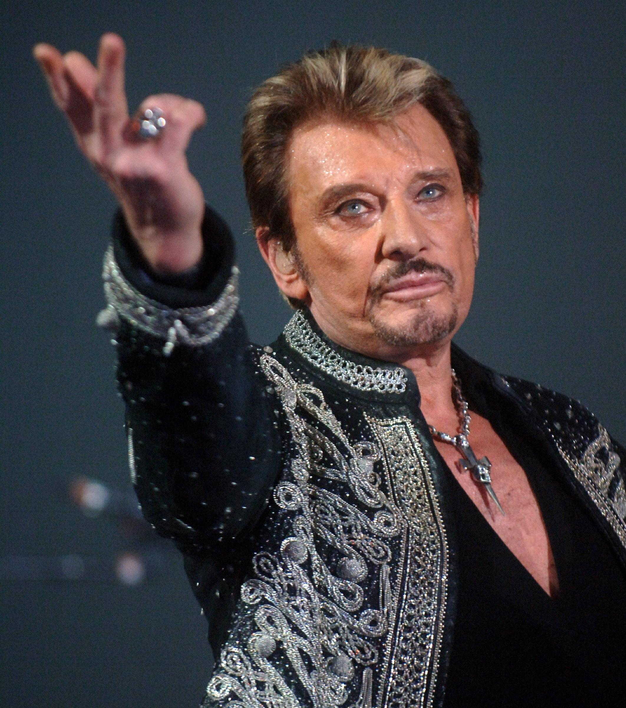 johnny-hallyday_130366_wide.jpg