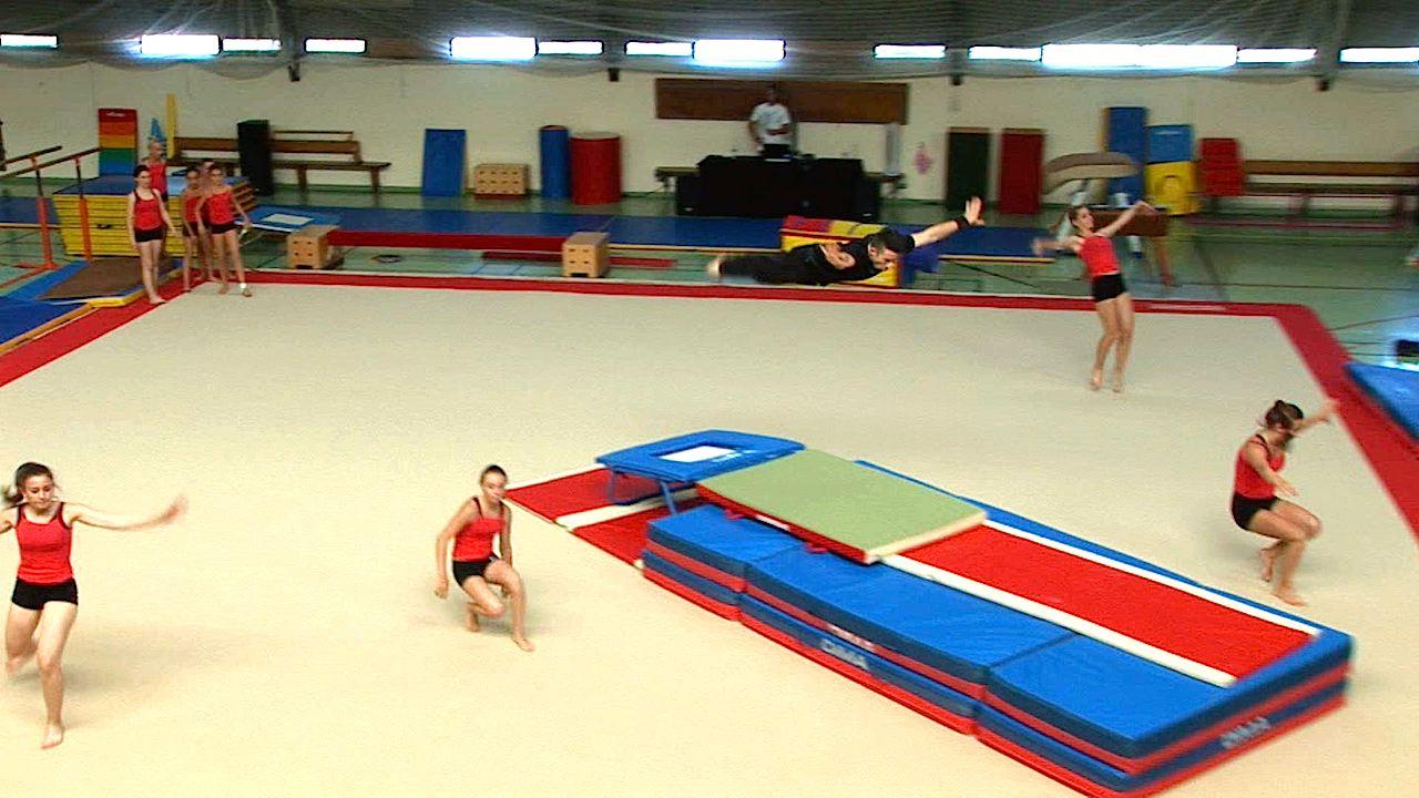 Biganos Les Gymnastes Presentaient Leur Gala De Fin D Annee